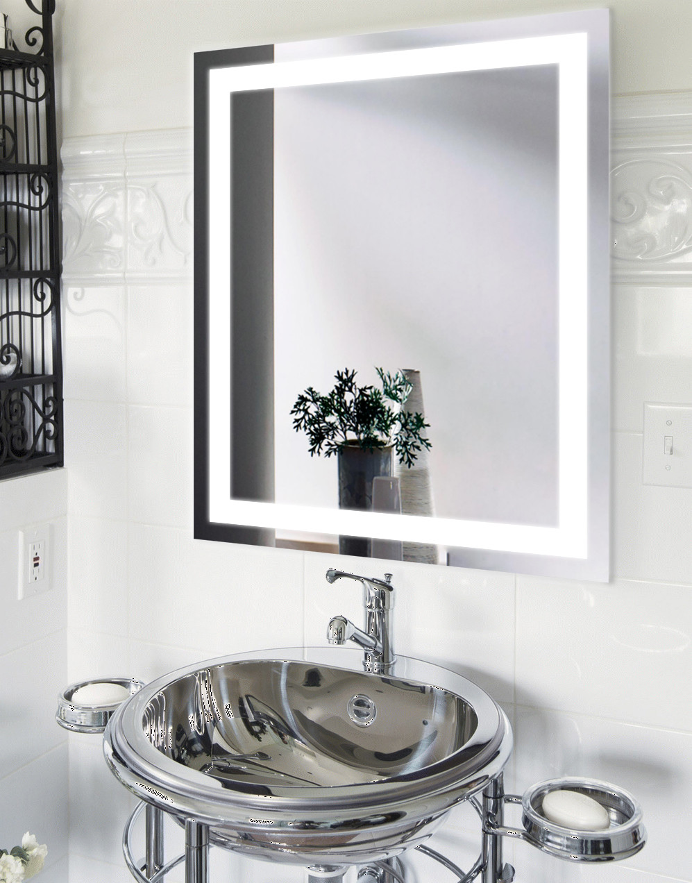 "Зеркало с LED подсветкой (68*80*2,5см) алюминиевый каркас ""JANVIER"" VZ-AL-D3 с включателем"