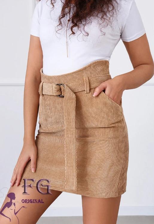 Бежевая женская мини юбка вельветовая с поясом на талии и карманами
