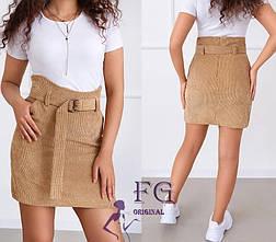 Короткая вельветовая прямая юбка с поясом на талии и карманами песочного цвета, фото 3