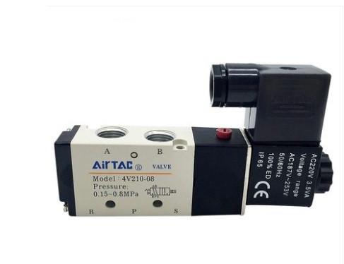 Клапан пневмораспределитель  4V210-08A 220V воздушный электромагнитный соленоидный AIRTAC