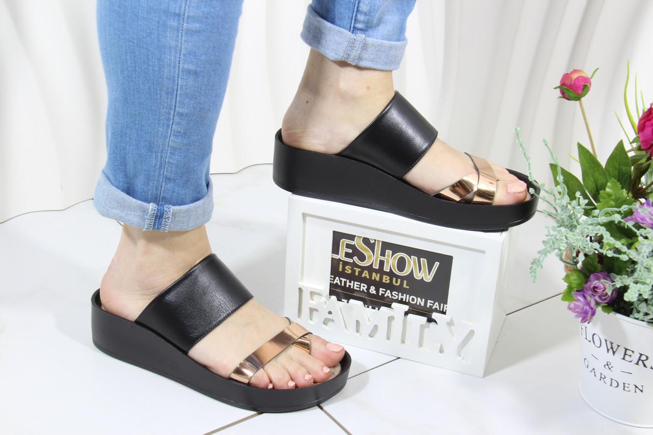 Черные кожаные шлепки на танкетке 4Shoes 08761-Black