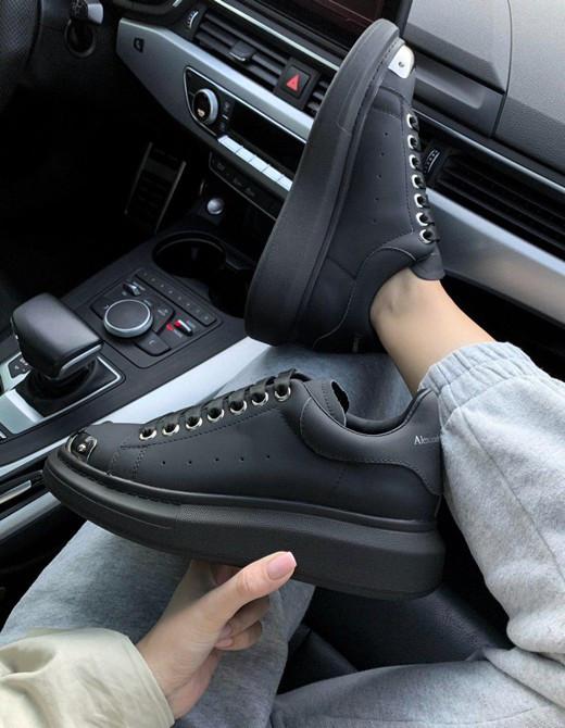 Женские кроссовки Al*xander M*Queen  Premium , Реплика