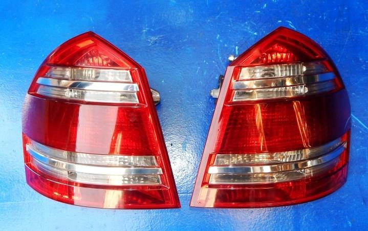 Ліхтар задній на Mercedes-Benz GL-Class X164 2006-2010 стоп