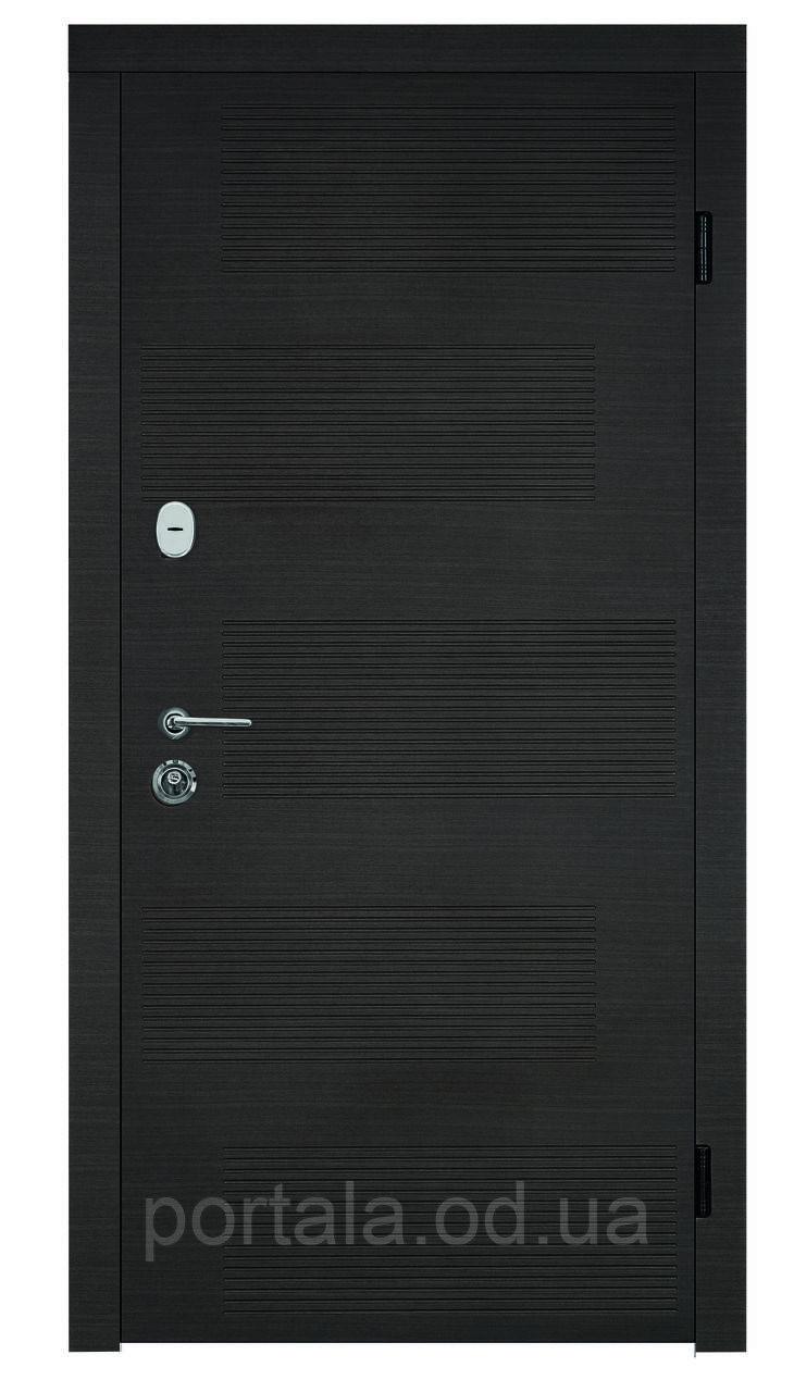 """Входная металлическая дверь для квартиры """"Портала"""" (серия Комфорт) ― модель Лион"""