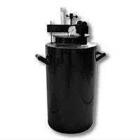 Автоклав бытовой винтовой ЧЕ-44 на 44 поллитровых банки .Гарантия 1 год