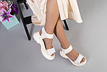 Женские бежевые кожаные сандалии с вставками белой сетки, фото 4