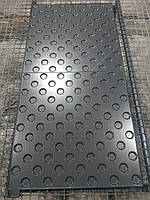 Нанесение и восстановление тефлонового антипригарного покрытия на формы для производства тактильной плитки.