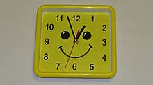 Часы настенные смайл квадратные 24879