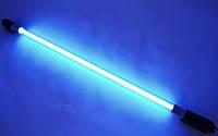 Яркая синяя неоновая лампа