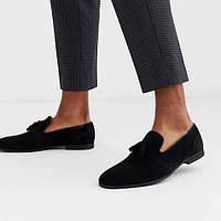 С чем носить черные замшевые мокасины