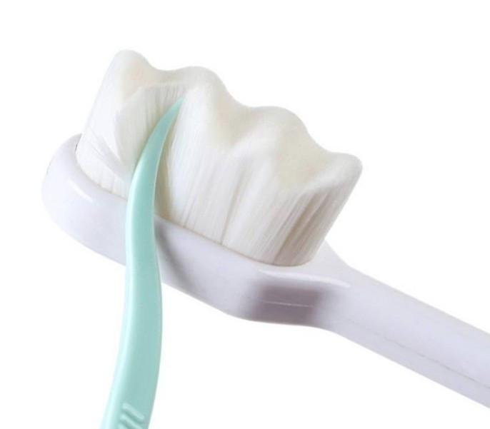 Зубная Nano Щетка Cocogreat 22000 микро-щетин 18 см белая (471031)