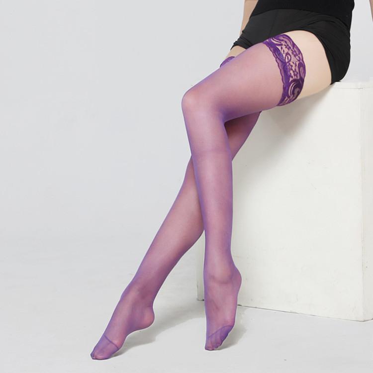 Чулки в сеточку на кружевной резинке фиолетовые