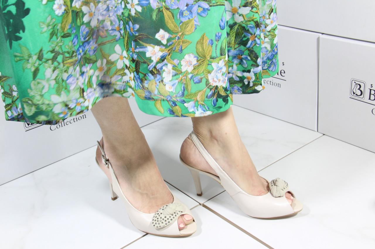 Шкіряні жіночі босоніжки Markiza 469(A67G85-H790)