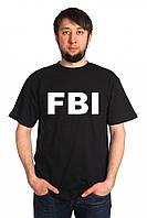 Черная футболка с белым принтом FBI