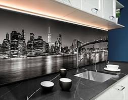 Пластиковый кухонный фартук Огни подвесных мостов черно-белый (ПВХ панель для кухни с фотопечатью, скинали), серый, 620*2050 мм