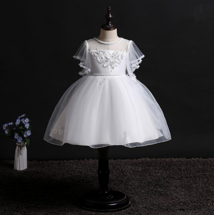 Нарядное Элегантное белое платье для девочкиElegant elegant white dress for the girl