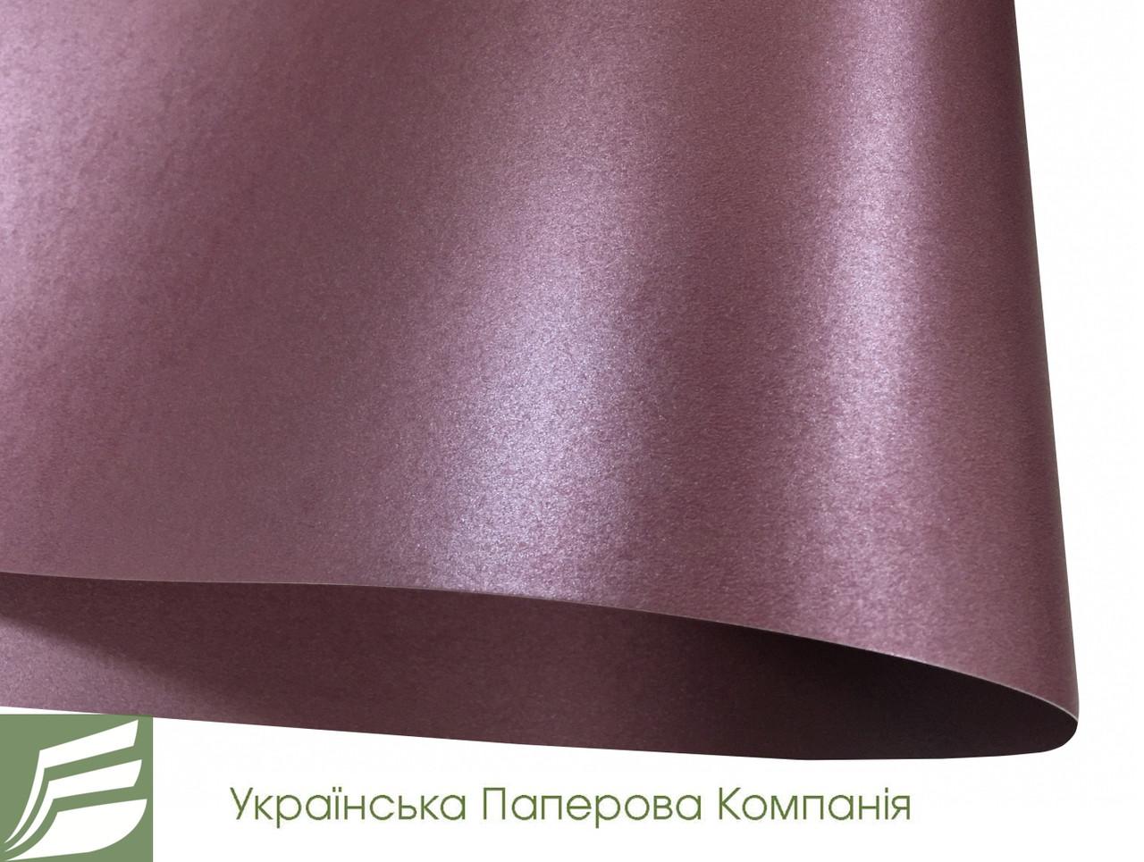 Дизайнерский картон Ruby, перламутровый рубиновый, 285 гр/м2