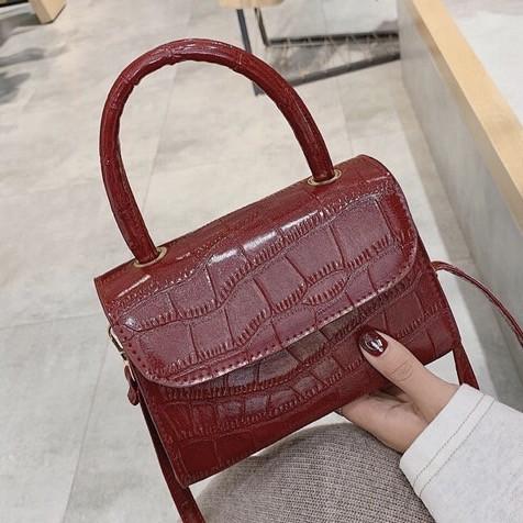 """Женская классическая сумочка на ремешке """"Крокодил""""  XS9203/17 красная"""