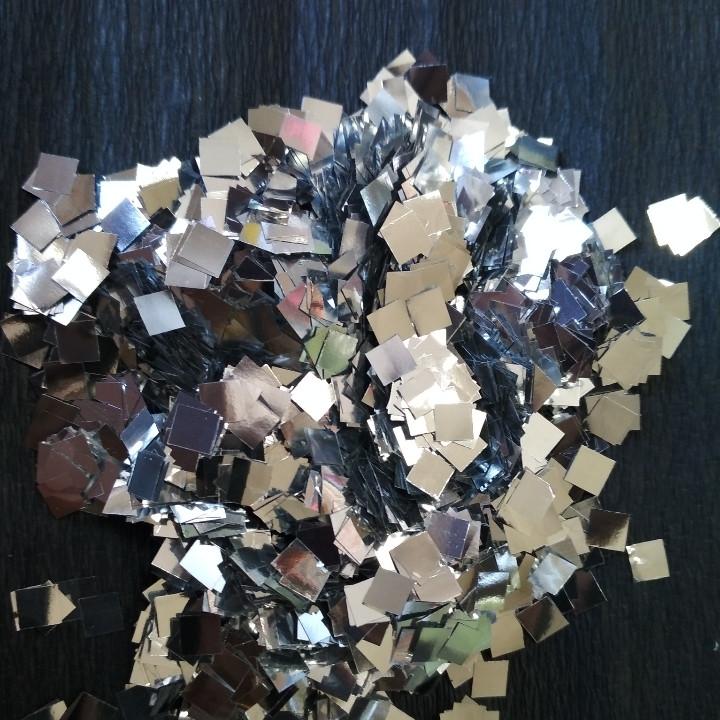 Аксесуари для свята конфеті квадратики 5мм срібло 50 грам