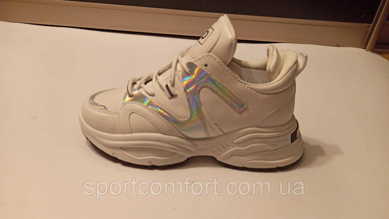 Кроссовки белые с серебром