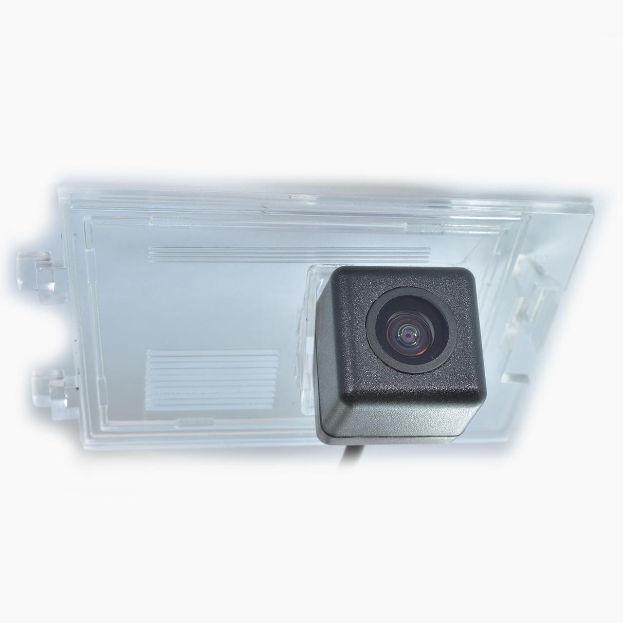 Штатная видеокамера «IL Trade» 1404 (JEEP)