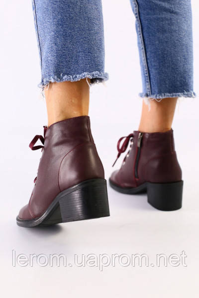 Женские бордовые кожаные ботинки