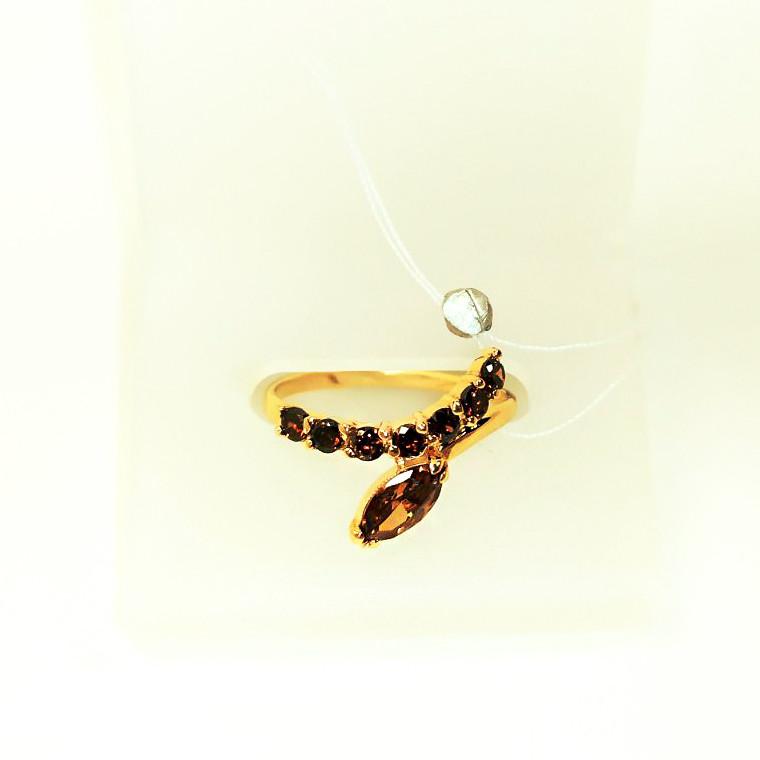 Золотое кольцо с кварцем Римма