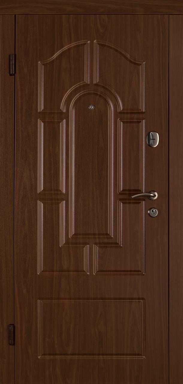 Входная дверь Веста лесной орех