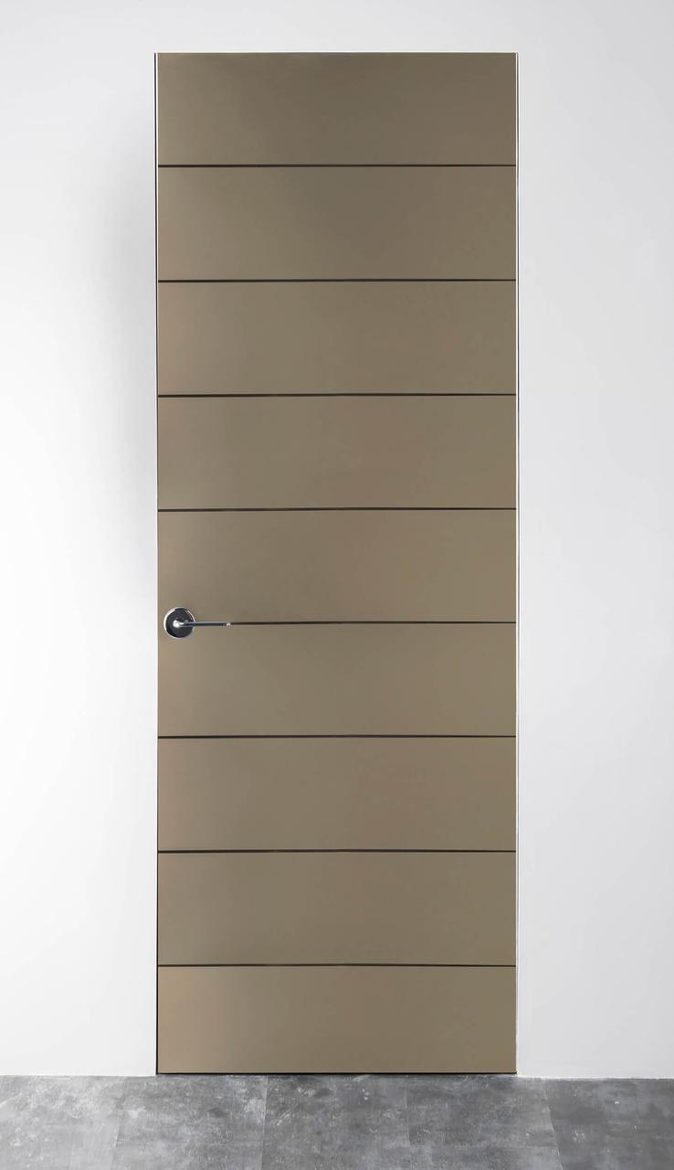 Межкомнатная дверь матированное зеркало Bronze