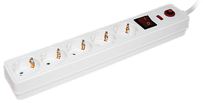 Сетевой фильтр СФ-05К-выкл. 5 мест 2Р+РЕ/3 метра 3х1мм2 IEK (WFP10-16-05-03-N)