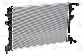 Радиатор охлаждения OCTAVIA A7 (13-)/GOLF VII (12-) (LRc 18GF) Luzar 5Q0121251GF 5Q0121251EJ 5Q0121251FB