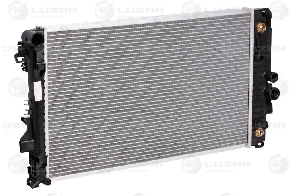 Радиатор охлаждения Vito/Viano (03-) (W639) АКПП LRc 15104 Luzar 6395010701 6395011201 A6395010701 A6395011201