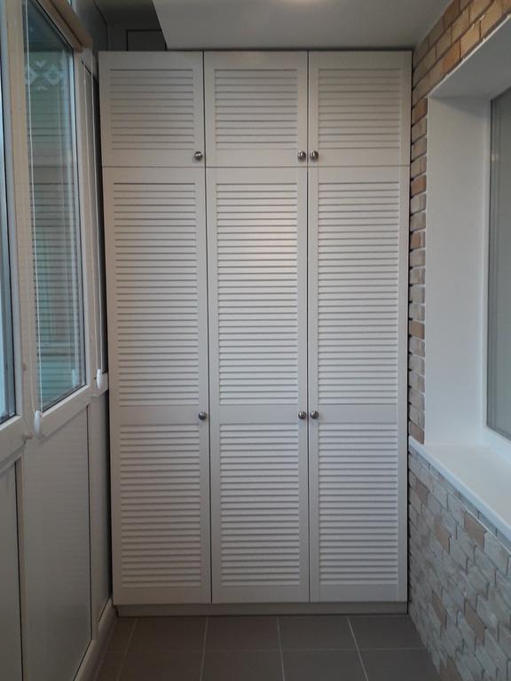 Жалюзийные дверки (белые) 1