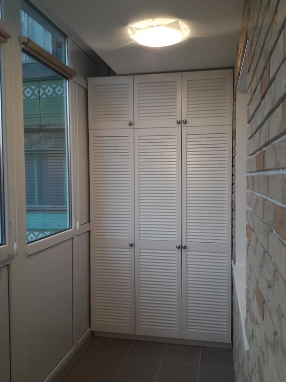 Жалюзийные дверки (белые) 3