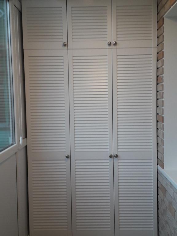 Жалюзийные дверки (белые) 2