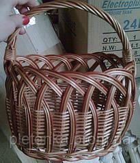 Корзинка детская, плетенная из лозы.Овальная форма.