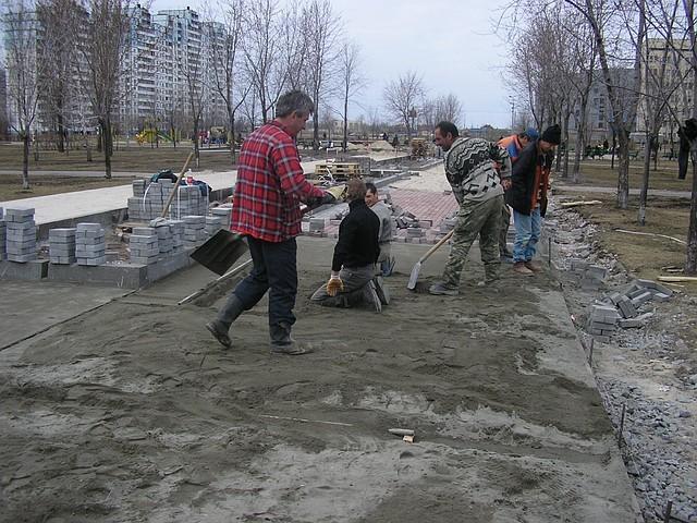 Укладка тротуарной плитки ФЭМ Киев и область