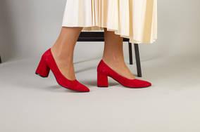 Туфли женские замшевые красные, каблук 6,5 см