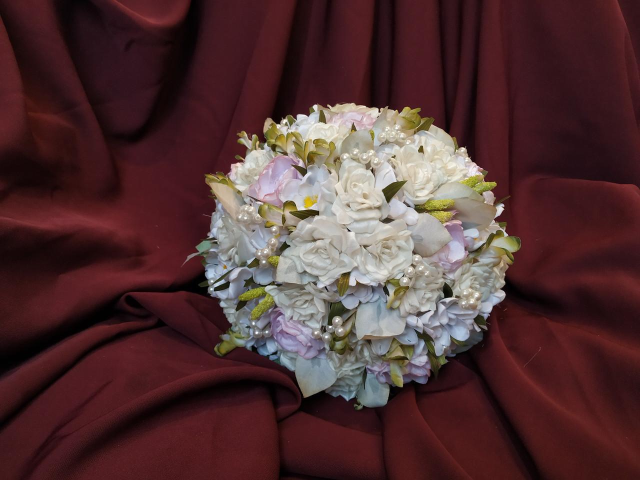 Свадебный букет-дублер молочный с нежно-розовым