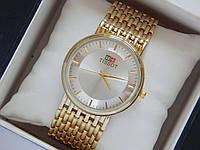 Мужские (Женские) кварцевые наручные часы Tissot на металлическом ремешке
