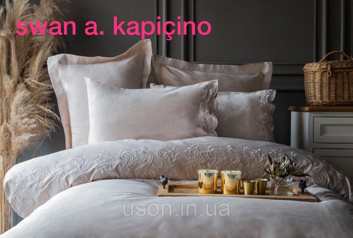 Комплект постельного белья сатин с вышивкой и кружевом Тм Pupilla евро размер Swan cappuccino