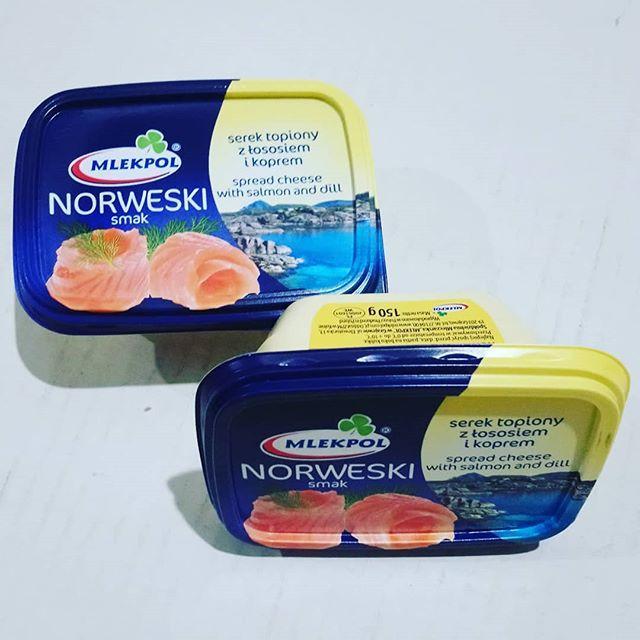 Сир плавлений з лососем Norweski