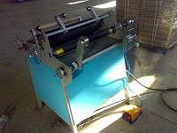 Перемоточный станок 900 мм с продольной резкой на два ролика для пищевой и палетной стрейч пленки