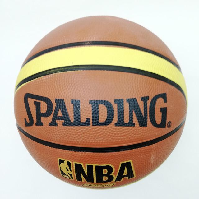 М'яч баскетбольний гумовий