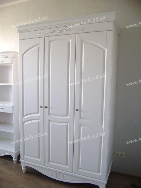 Шкаф с фасадами МДФ (150х58х215 см)