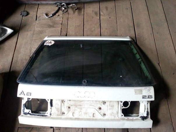 Audi A6 Кришка багажника  Пікап 1995 з склом