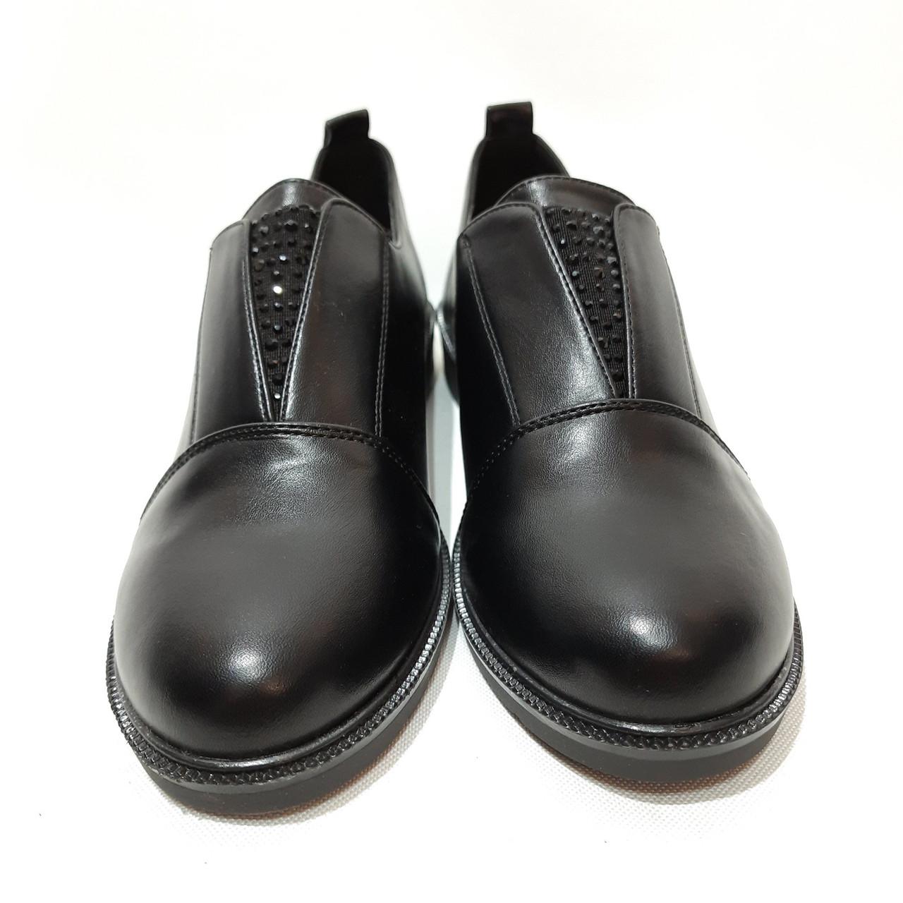 38,39, р. Жіночі весняні туфлі на низькому ходу з невеликим каблуком красиві модні