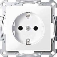 Механизм розетки с з/к и защитными шторками Merten SM Активно белый MTN2300-0325