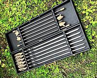 """Запоминающийся подарок для мужчины - шампура ручной работы """"Сезон охоты"""" с подставкой, в кейсе из эко-кожи"""