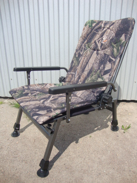 Кресло карповое M-Elektrostatyk F5R Camou с широкими подлокотниками